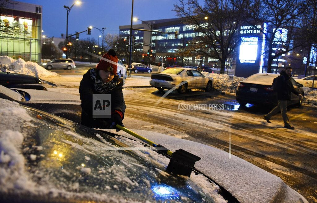 DETROIT | Hundreds of schools closed, delayed amid Midwest snowstorm