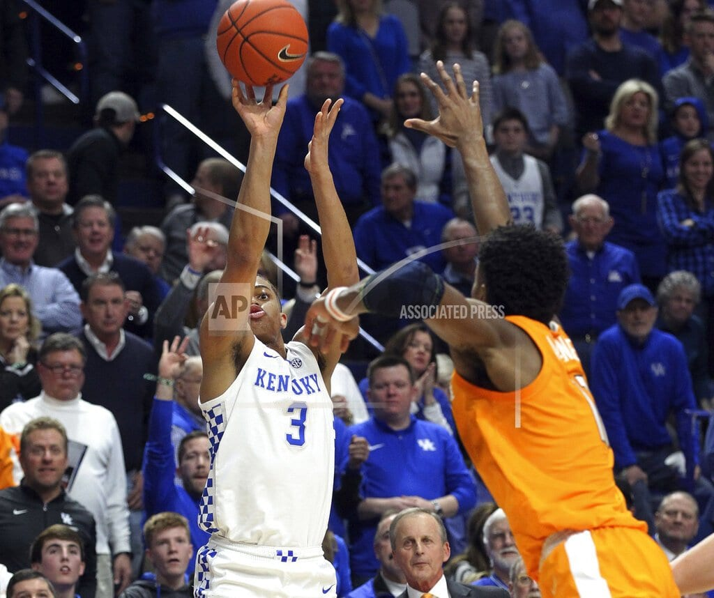 LEXINGTON, Ky | No. 5 Kentucky upsets No. 1 Tennessee 86-69 in top-5 matchup