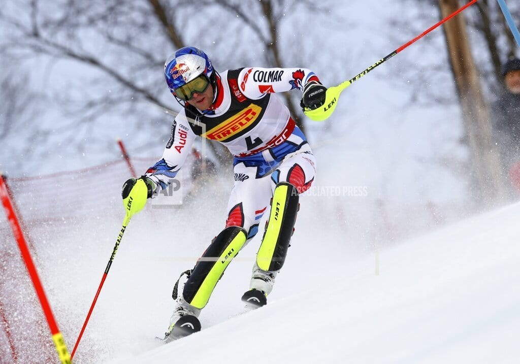 ARE, Sweden | The ski king is back: Hirscher takes big lead in slalom
