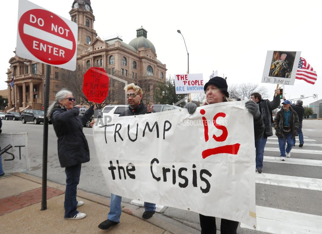 NEW YORK | Protests slam Trump's emergency declaration for border wall