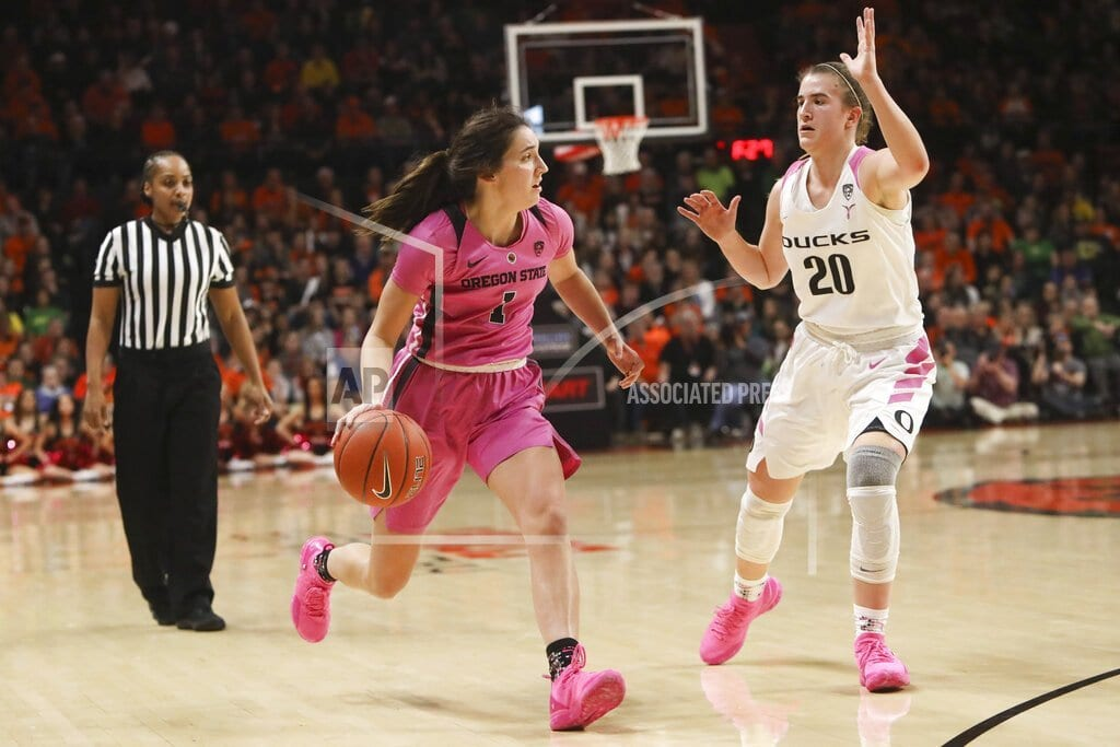 CORVALLIS, Ore | No. 12 Oregon State holds off No. 2 Oregon 67-62