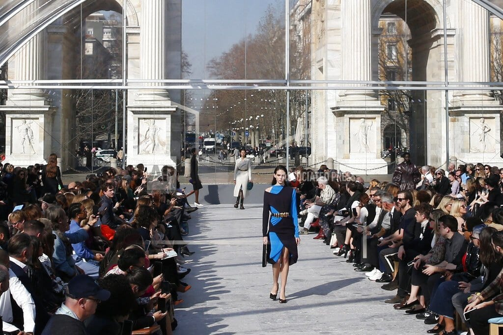 MILAN | Wintour honors Lagerfeld; Bottega Veneta shows new direction