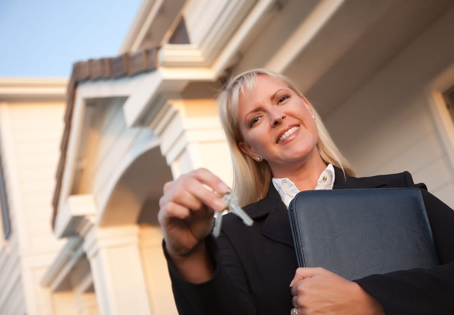 Realtors® Survey Shows Median Income Jumped 5%, More Women Joining Industry